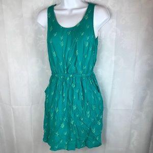 Womens Small Sleeveless Dress